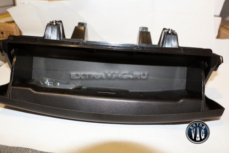 Ящик под сиденье с электроприводом Tiguan